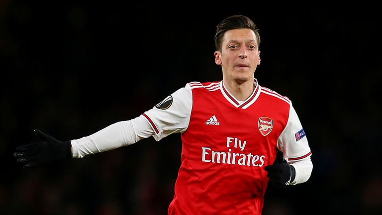 Mesut Ozil passa na oferta do DC United. 6